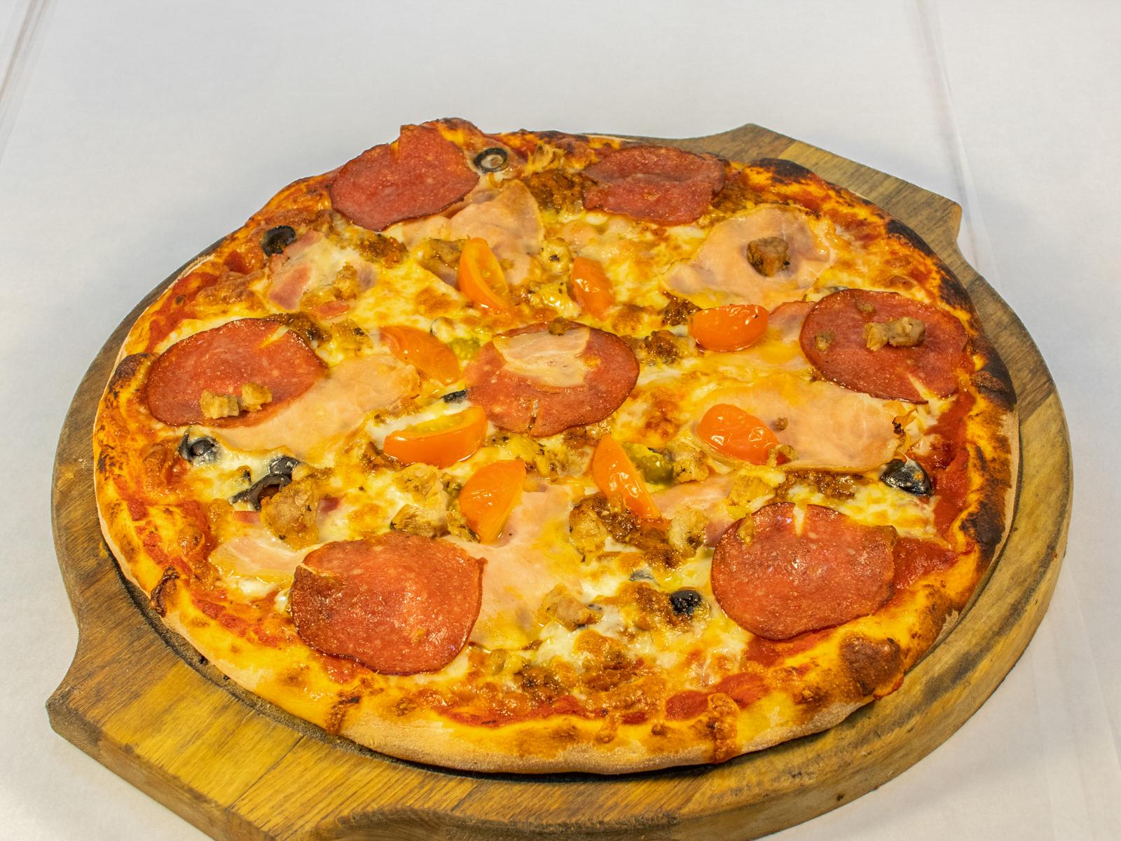 Пицца Rosso Pizza фирменная