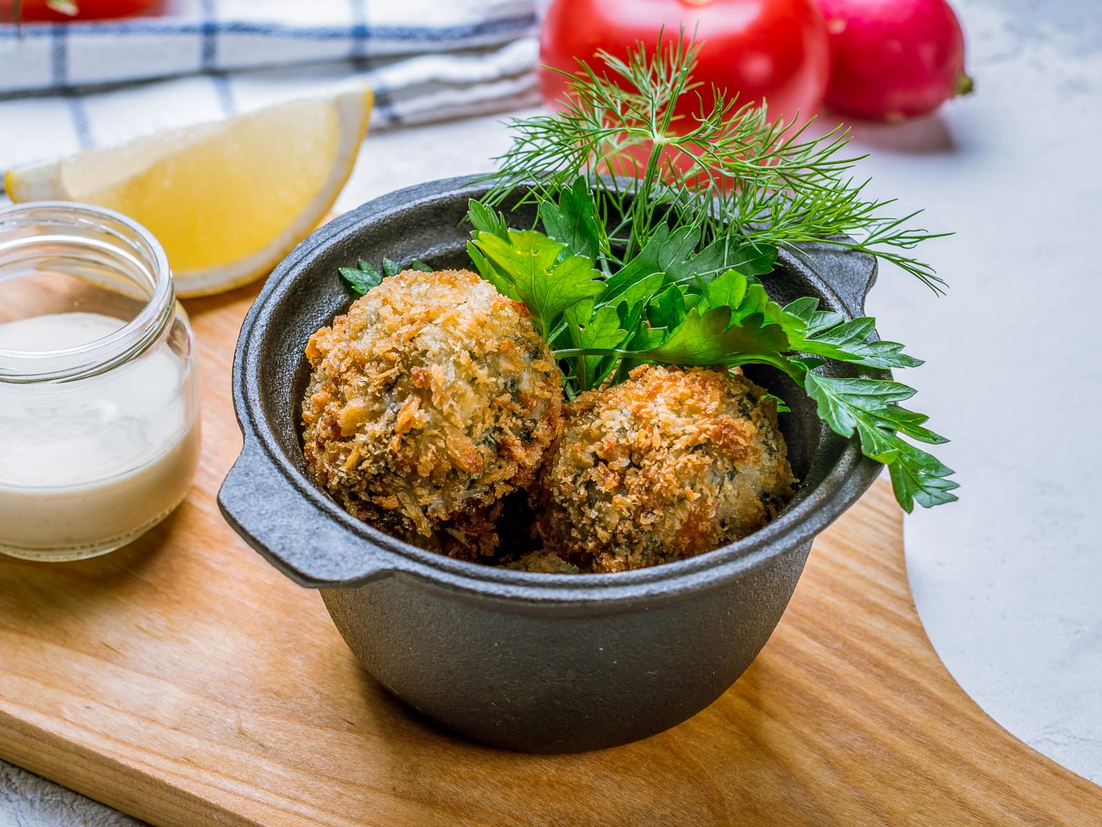 Рыбные шарики с рисом и шпинатом