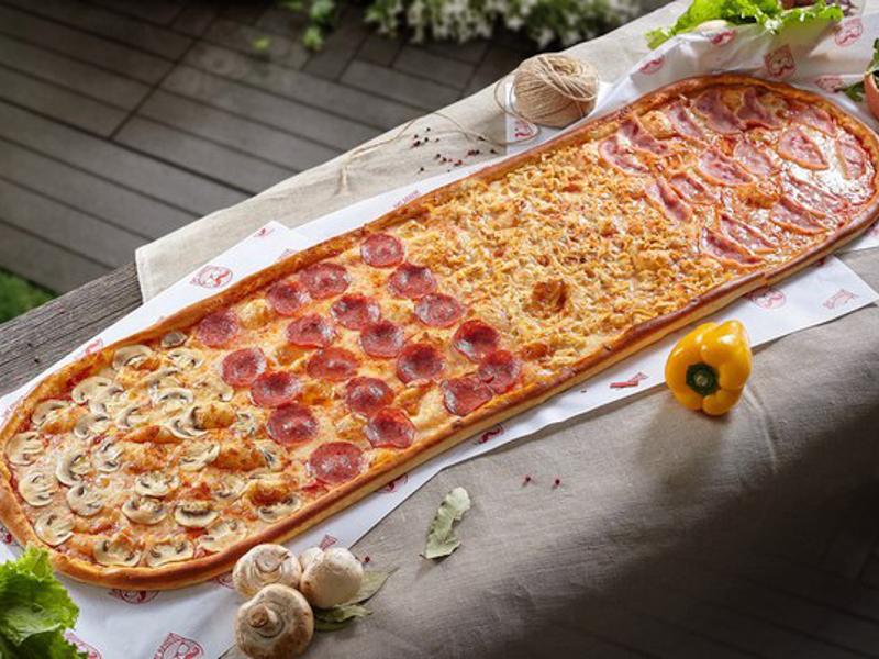 Метровая пицца Четыре сезона