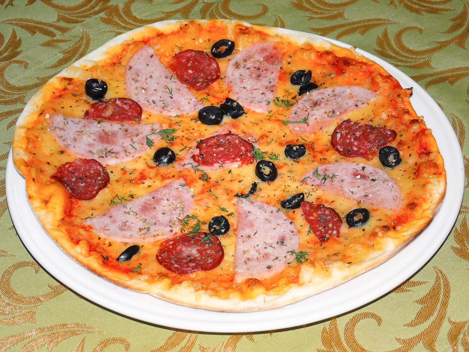 Пицца Капричиозо