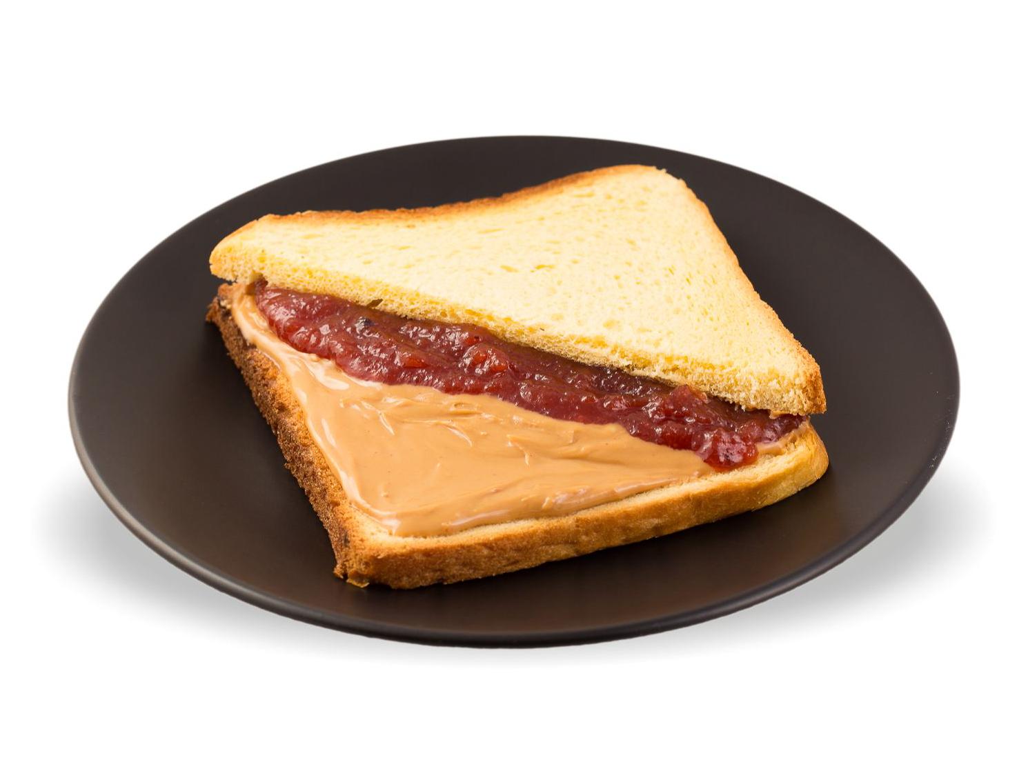 Сэндвич с арахисовой пастой и джемом