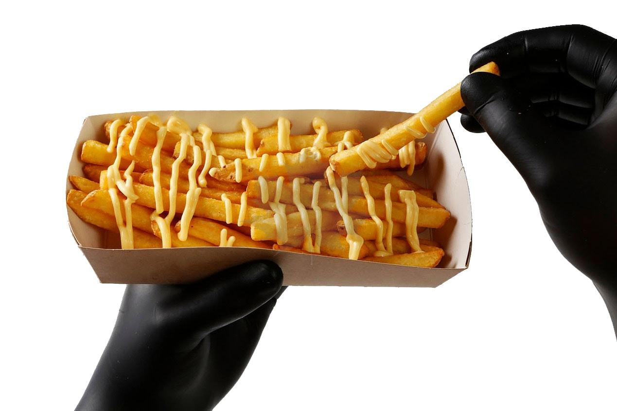 Картофель-фри с сырным соусом