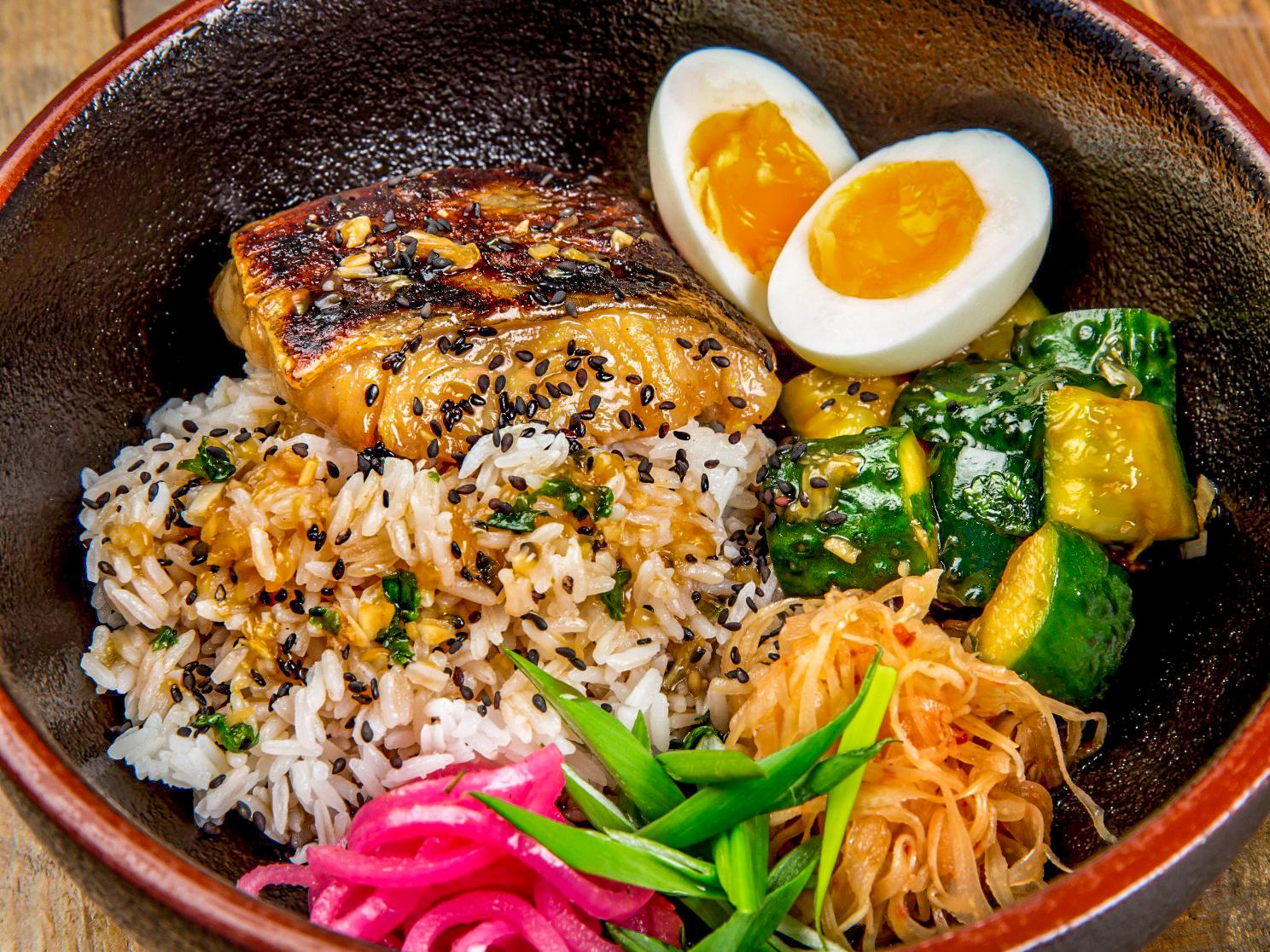 Треска по-сычуаньски с рисом