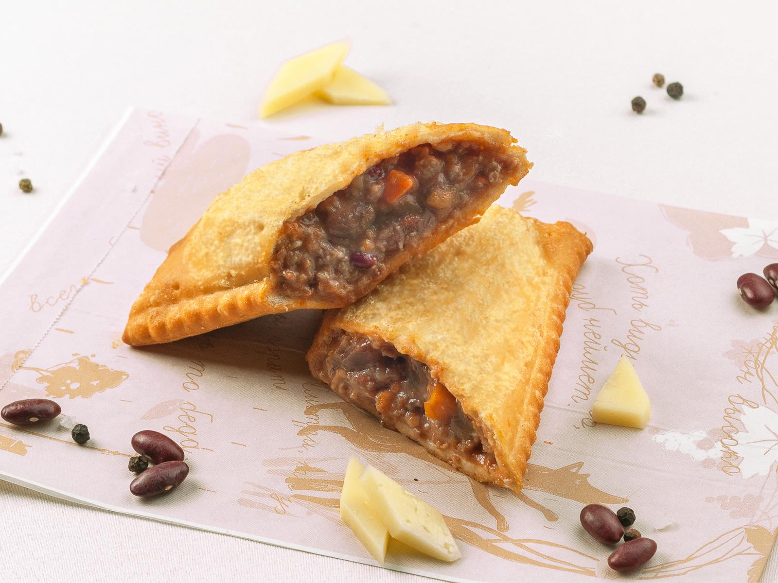 Пирог Фарш, фасоль и сыр