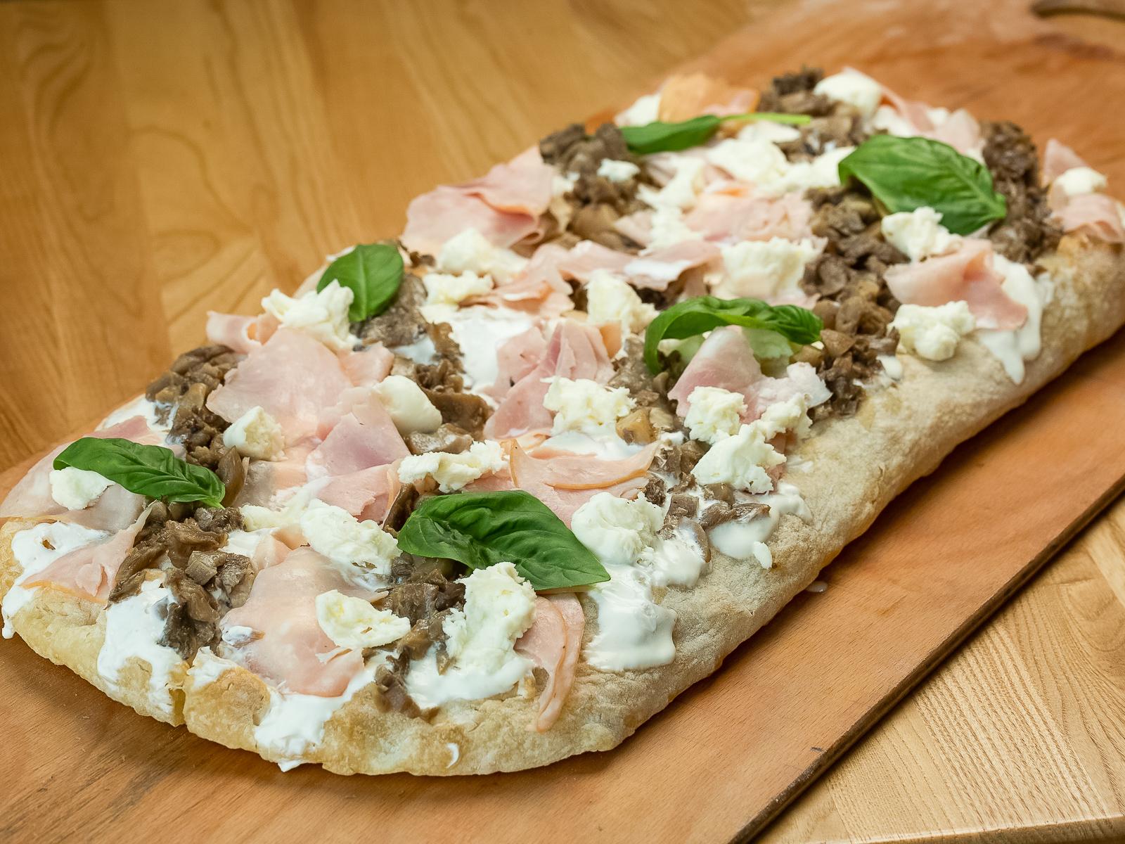 Римская пицца Грибная с ветчиной