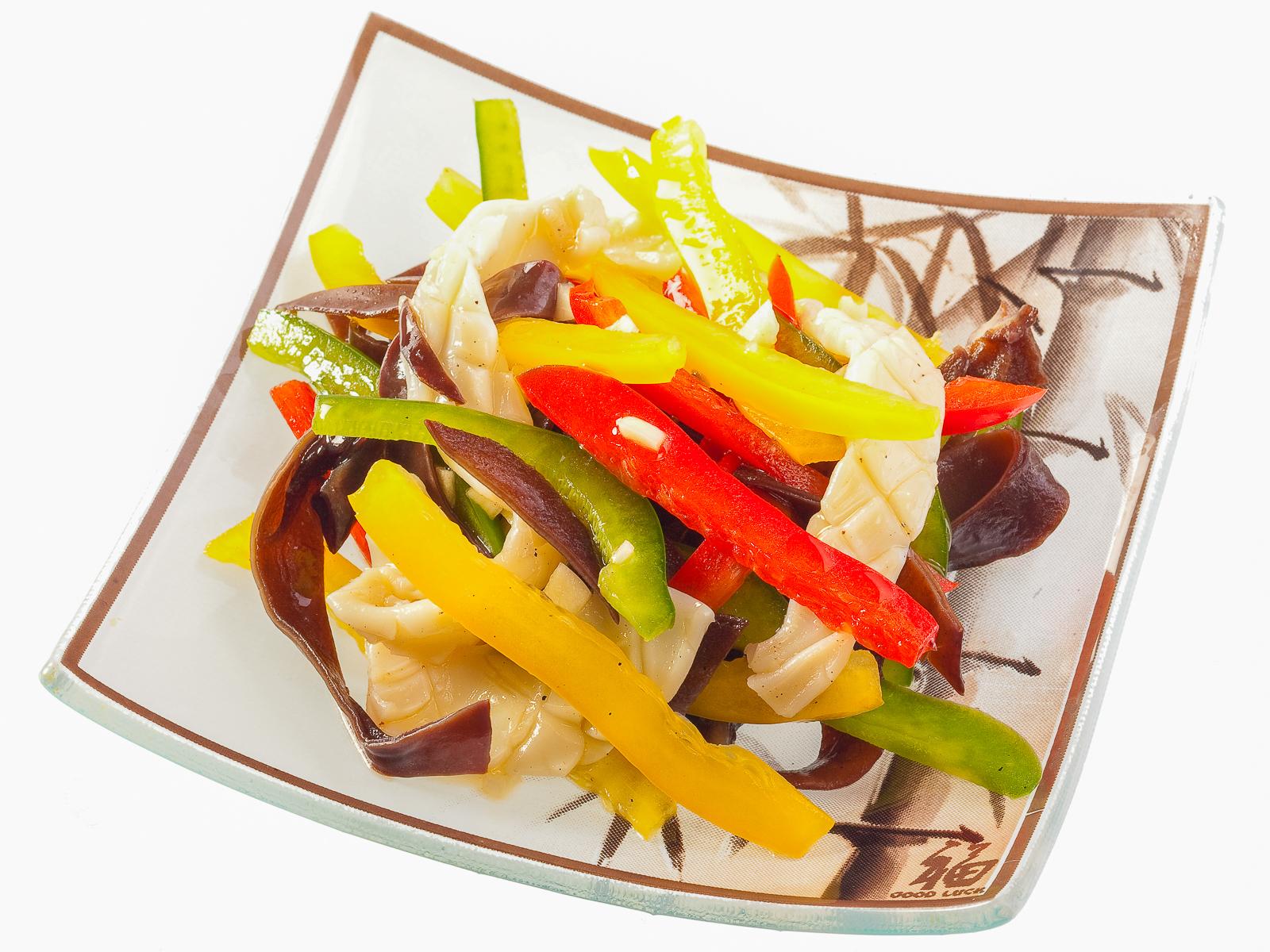 Салат Кальмары с овощами
