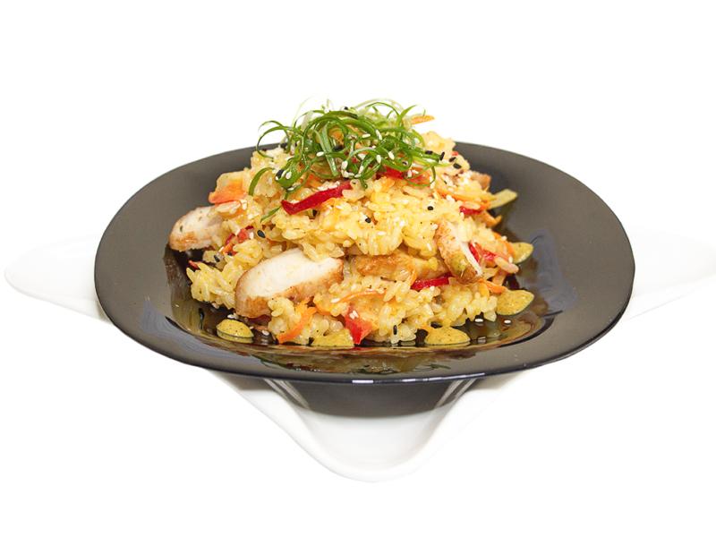 Рис с курицей карри по-тайски