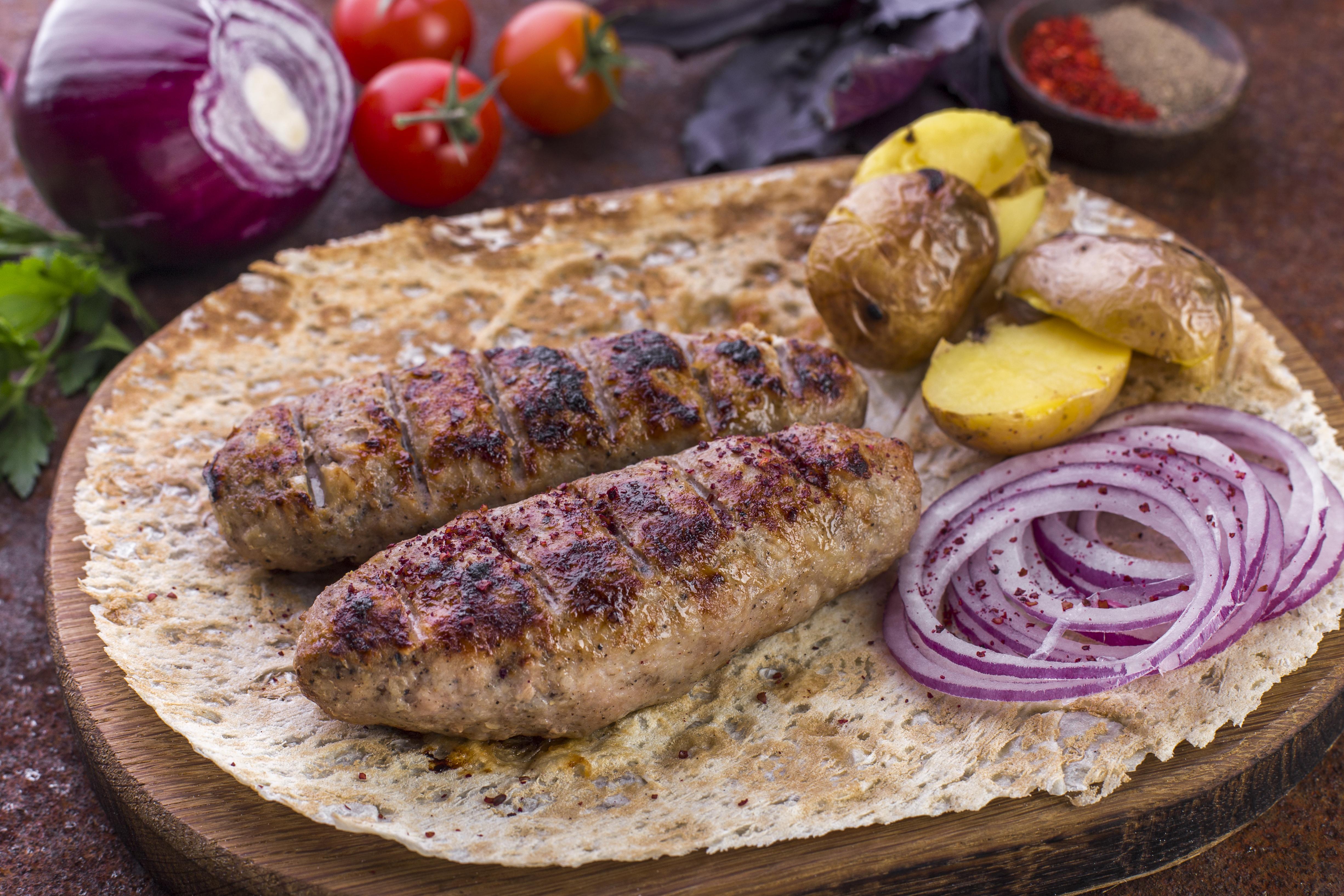 Люля-кебаб телятина-свинина с сыром сулугуни
