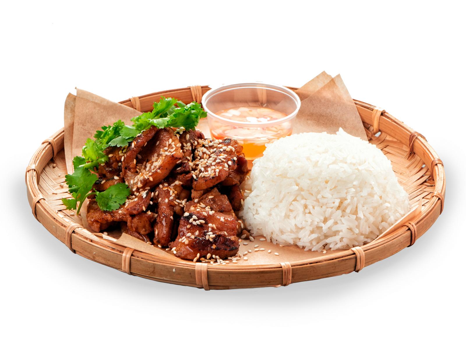 Свинина на воке с рисом