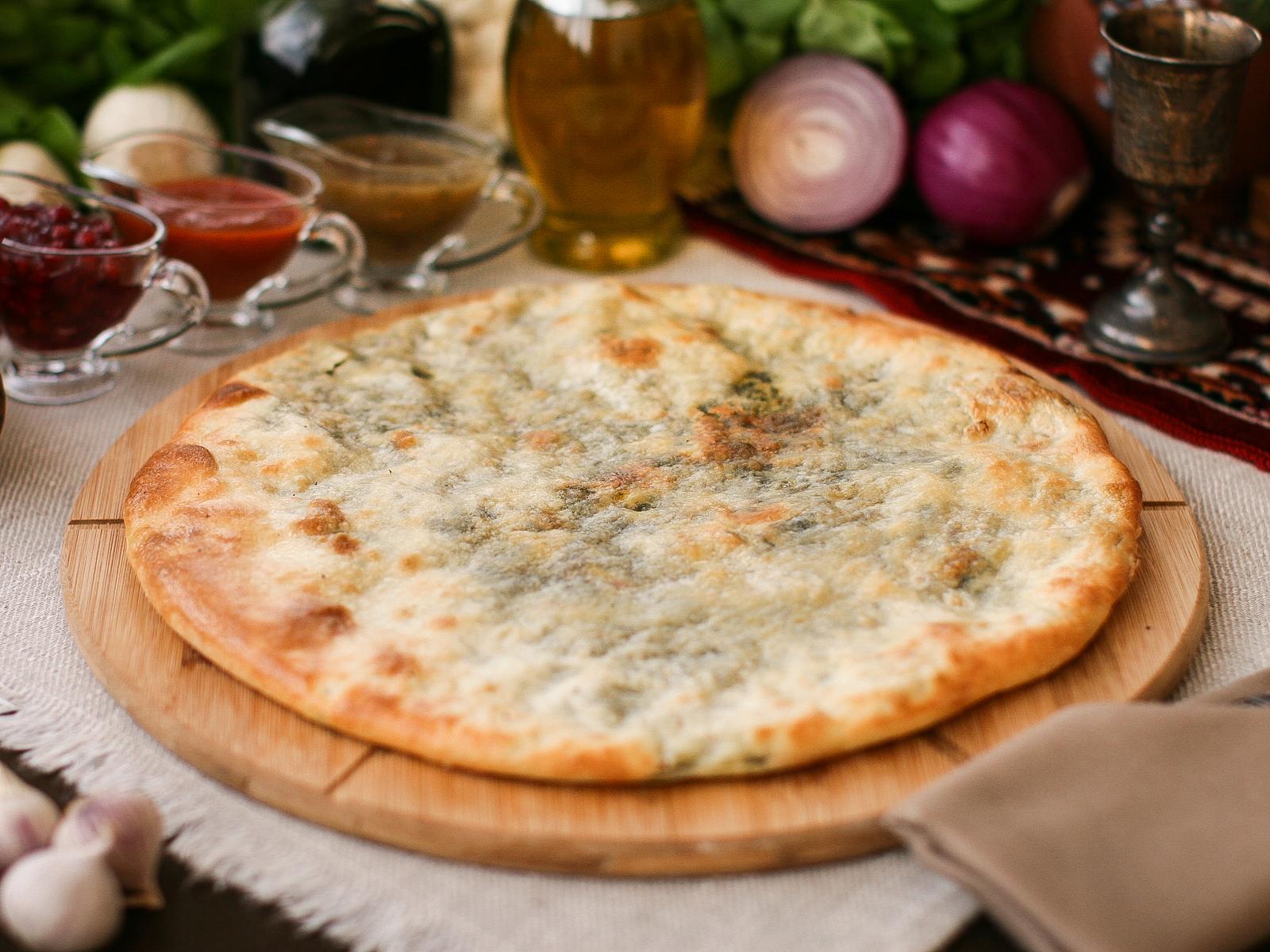 Хачапури со шпинатом с сыром