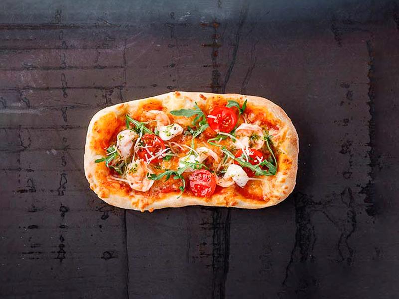 Пиццетта с креветками
