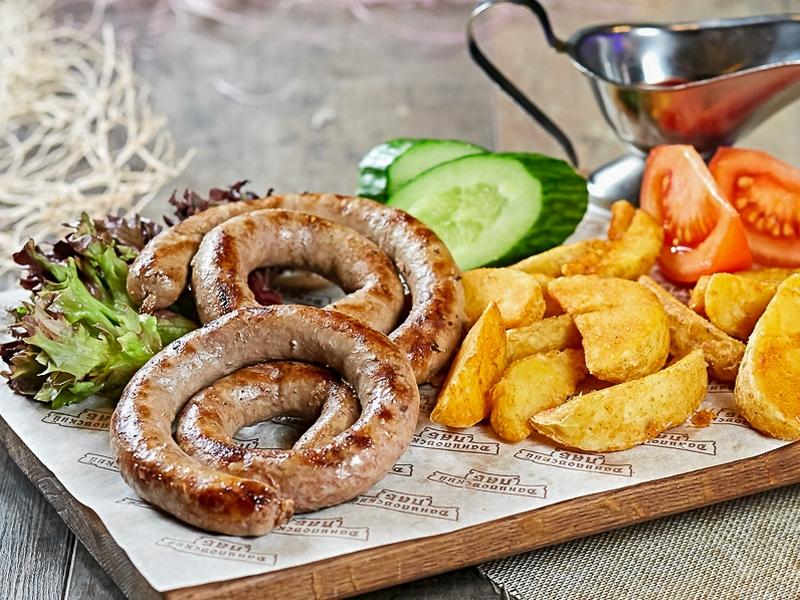 Колбаски из телятины с сыром