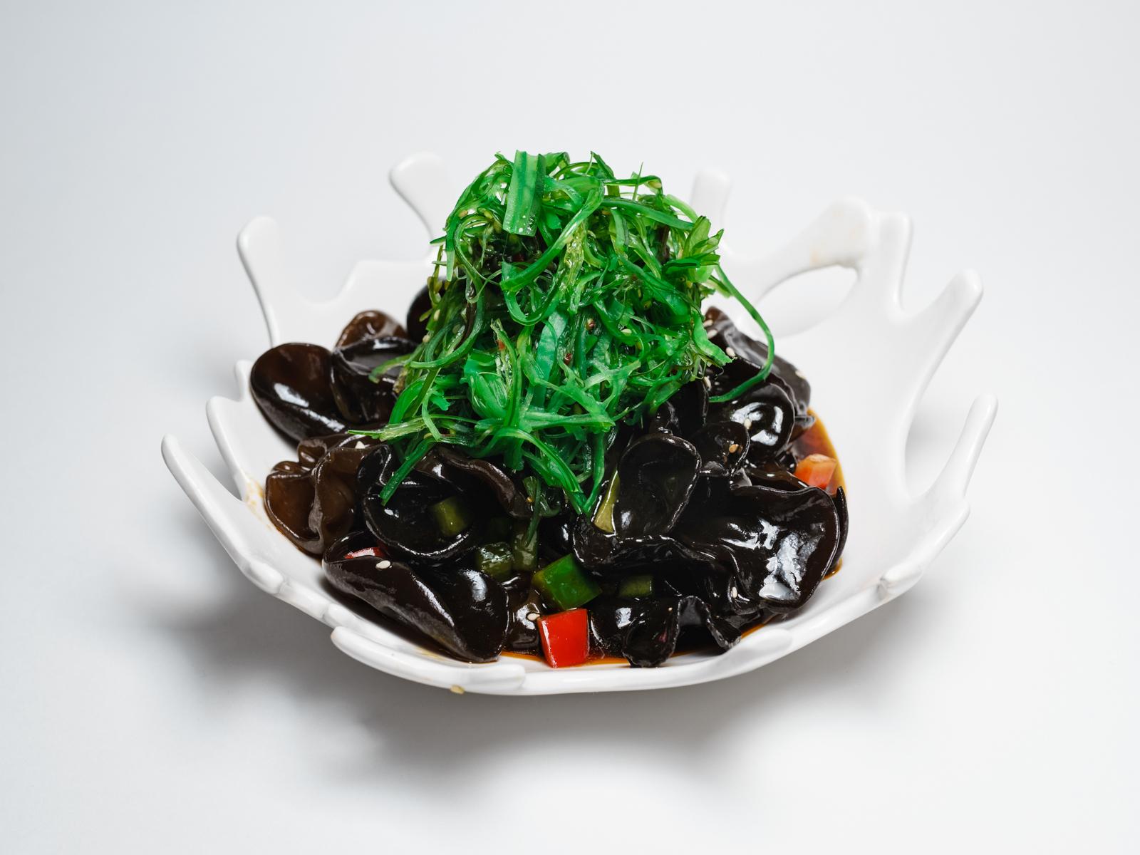 Закуска из чёрных древесных грибов по-сычуаньски