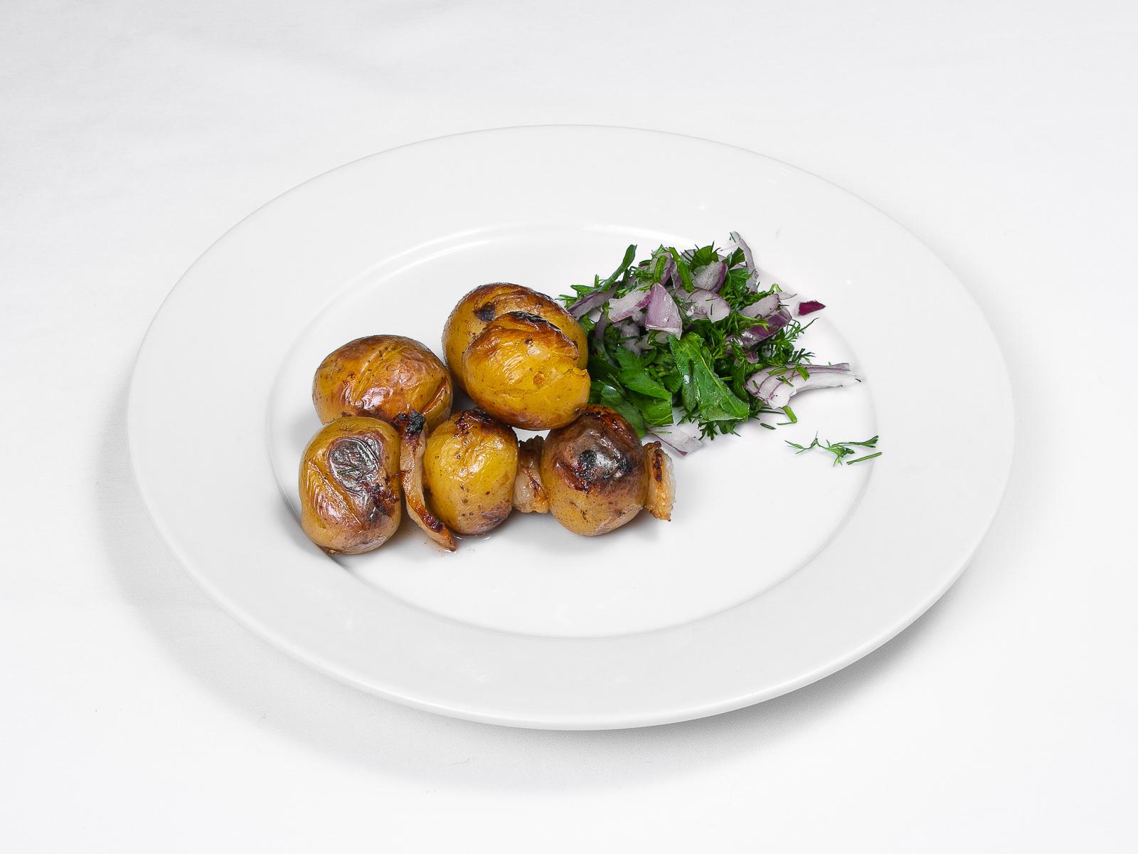 Шашлык из молодого картофеля с курдюком