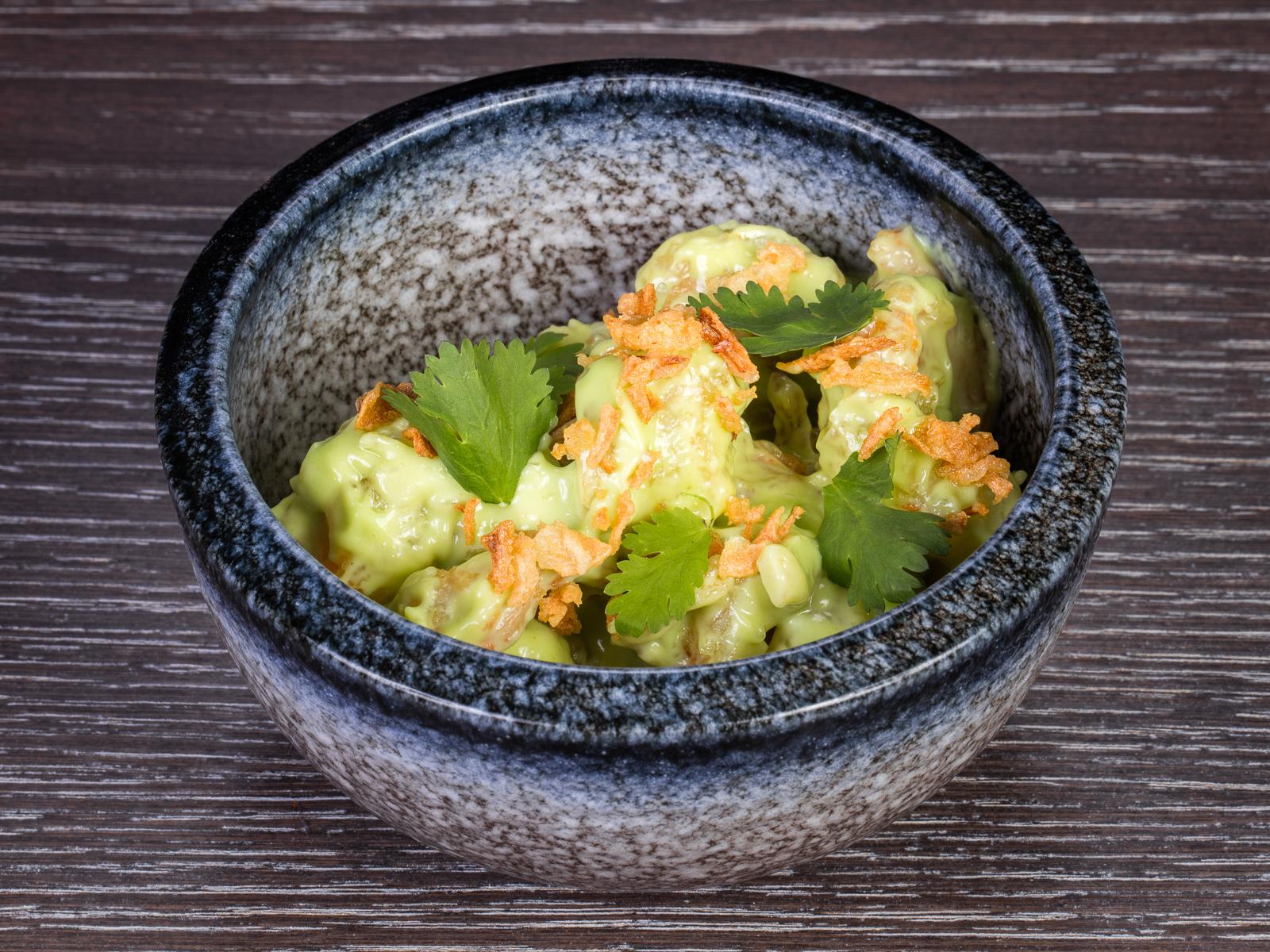 Креветки в темпуре с соусом васаби
