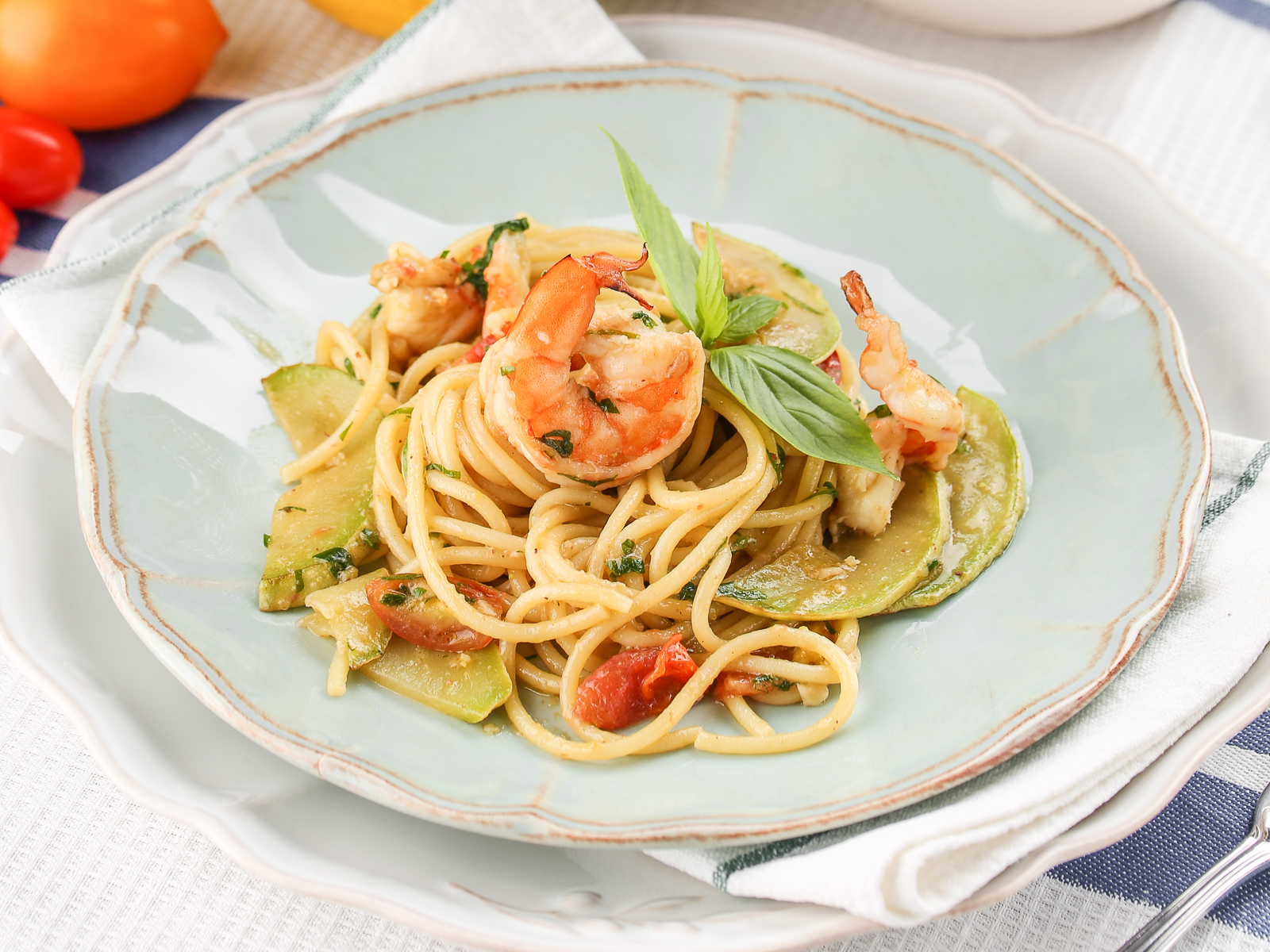 Спагетти с креветками пикколо
