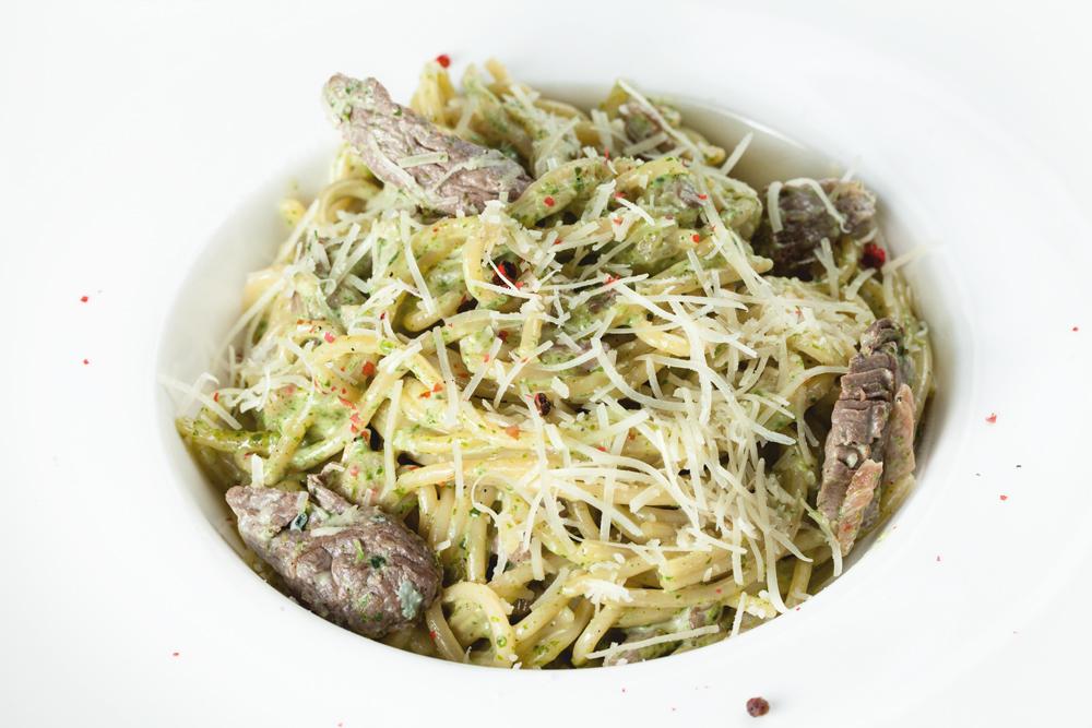 Спагетти c телятиной
