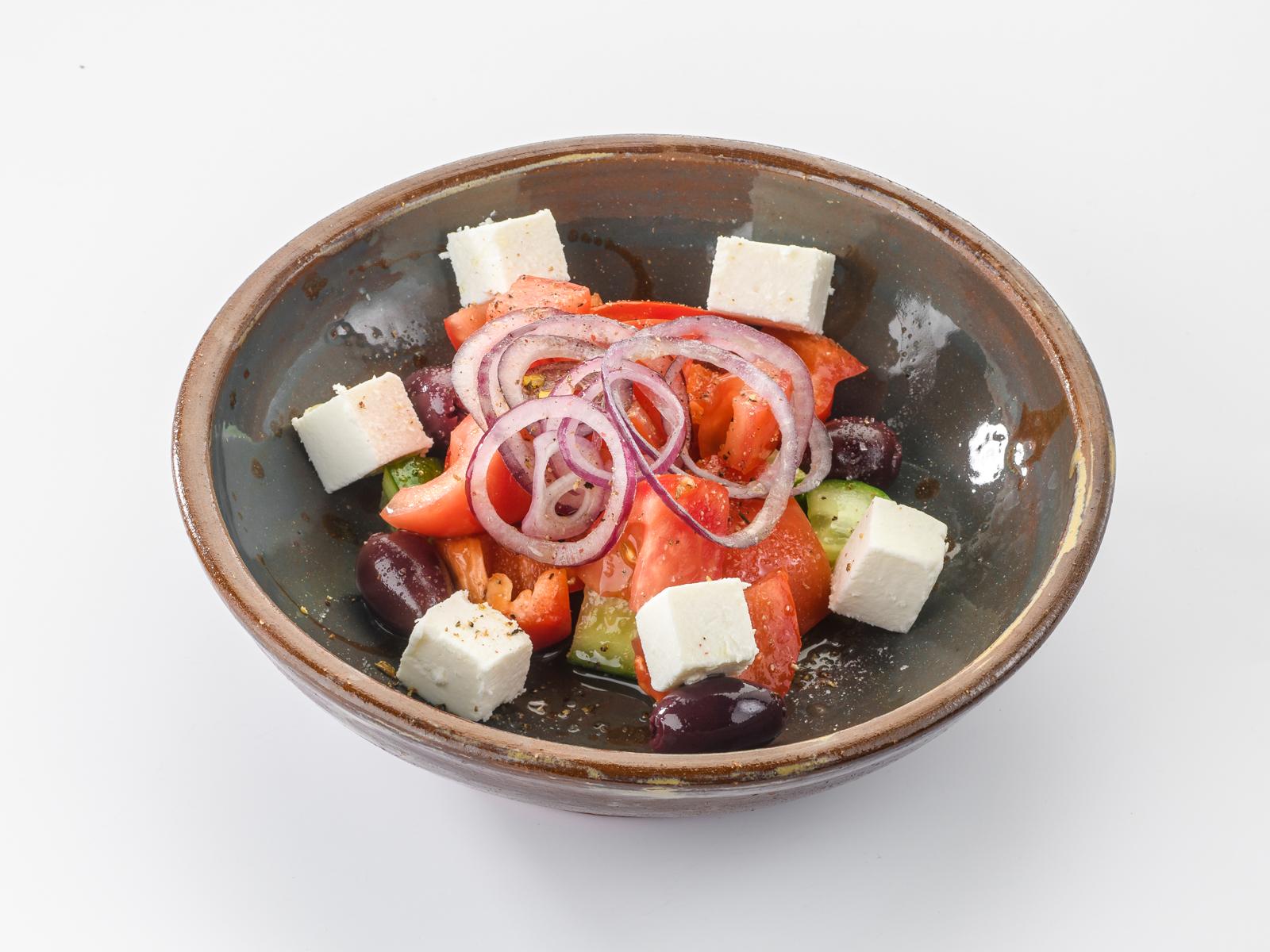Салат Греческий с испанскими оливками