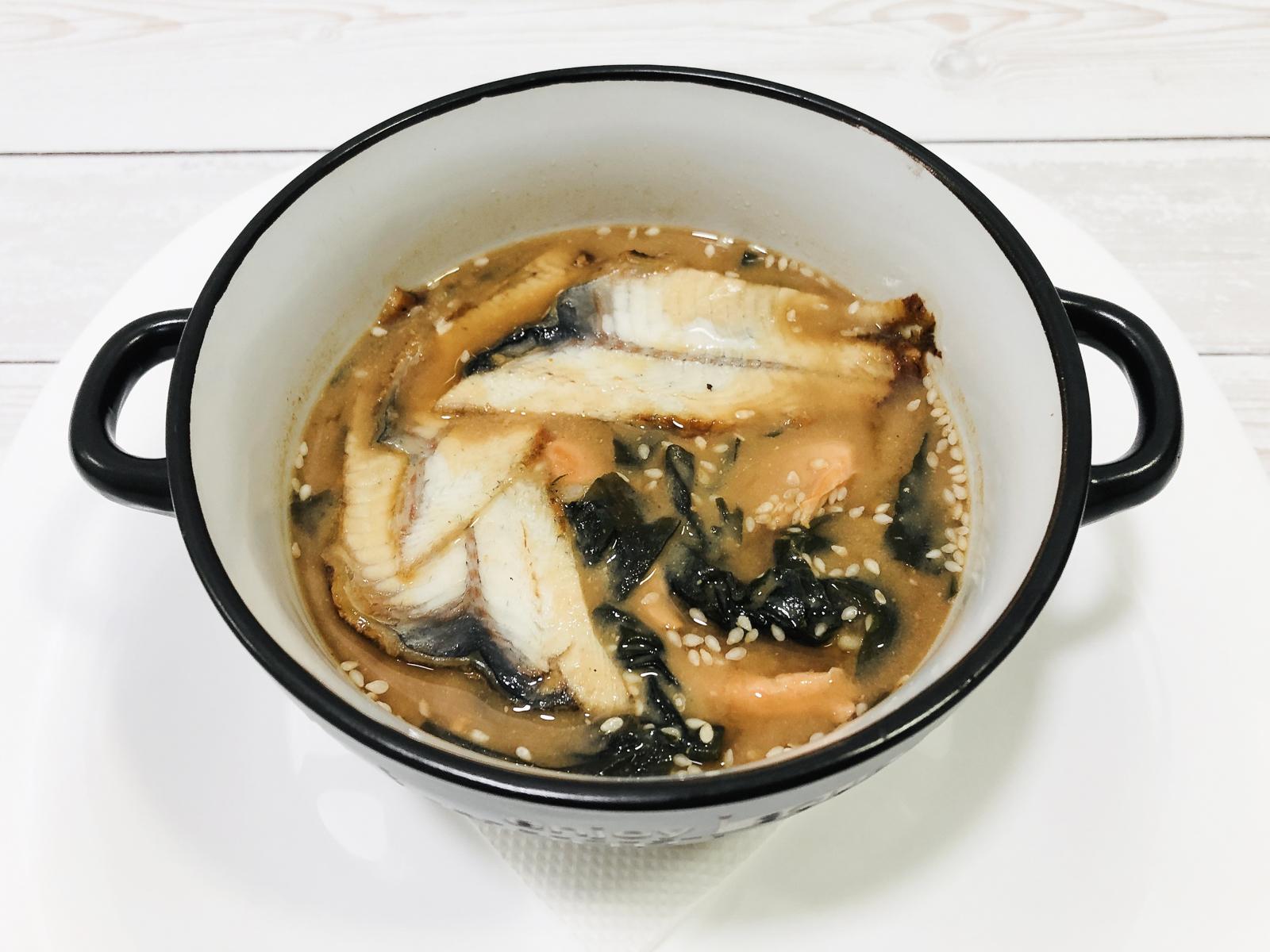Мисо суп с угрем и лососем