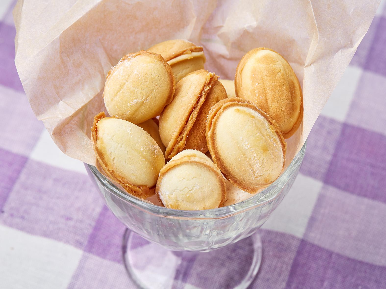 Десерт Орешки