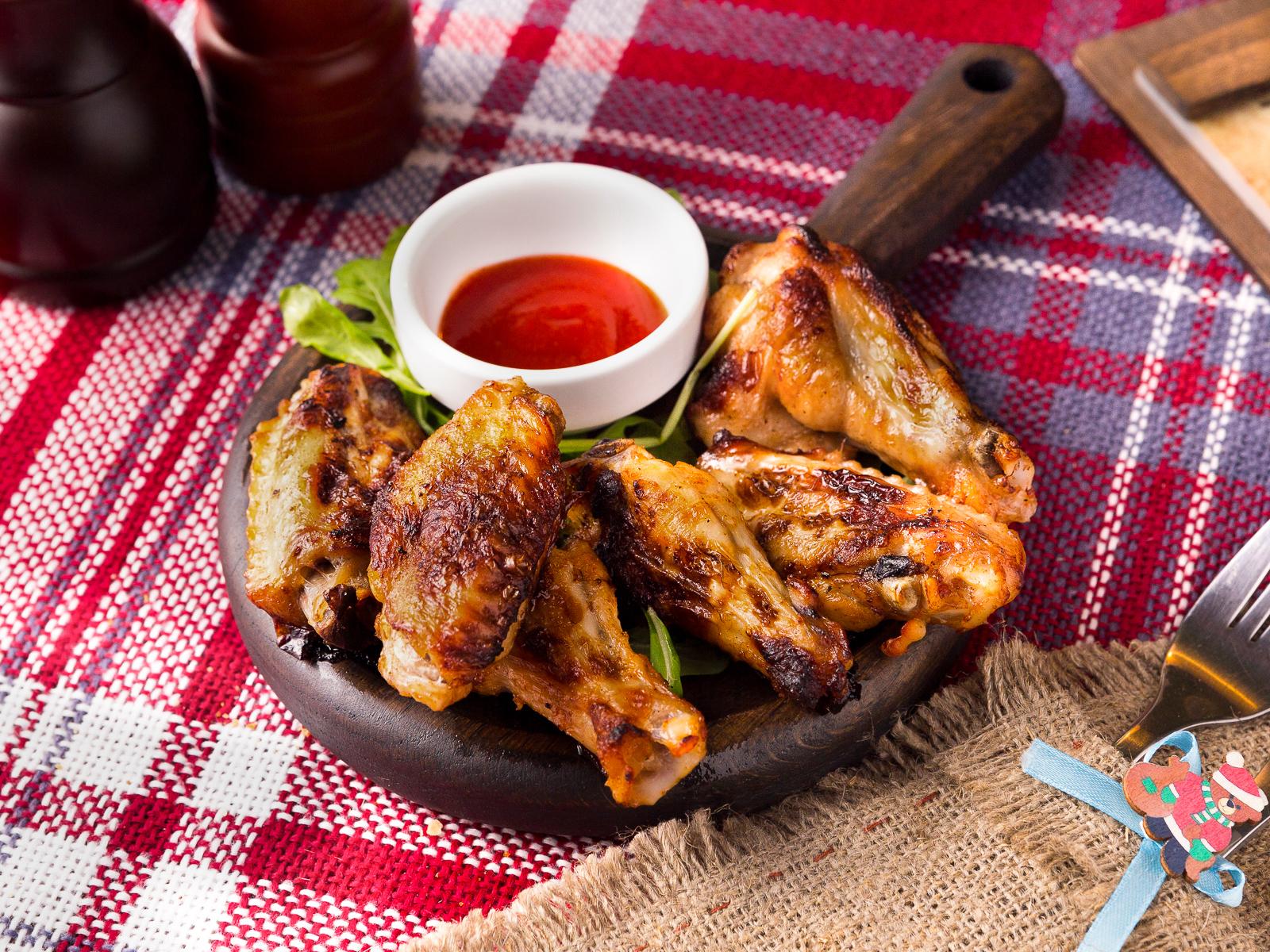 Сочные крылышки с тайским соусом