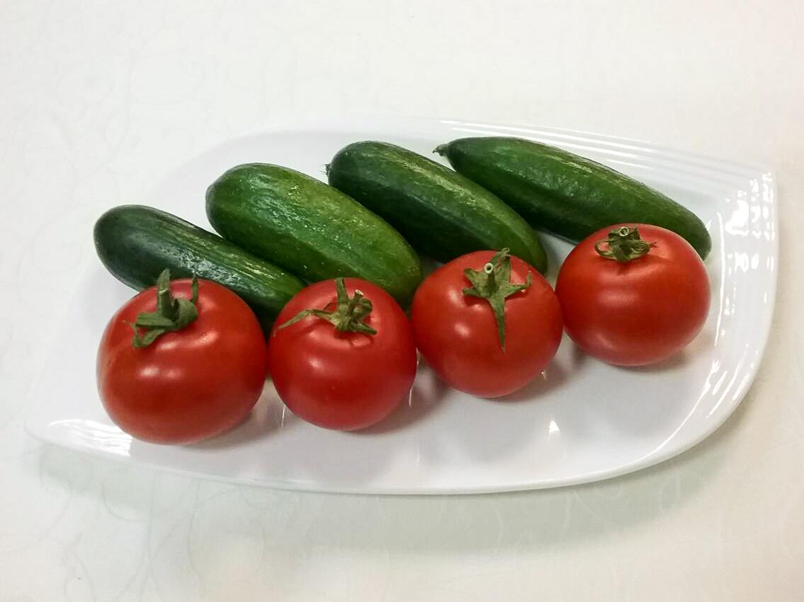 Бакинские помидоры и огурцы
