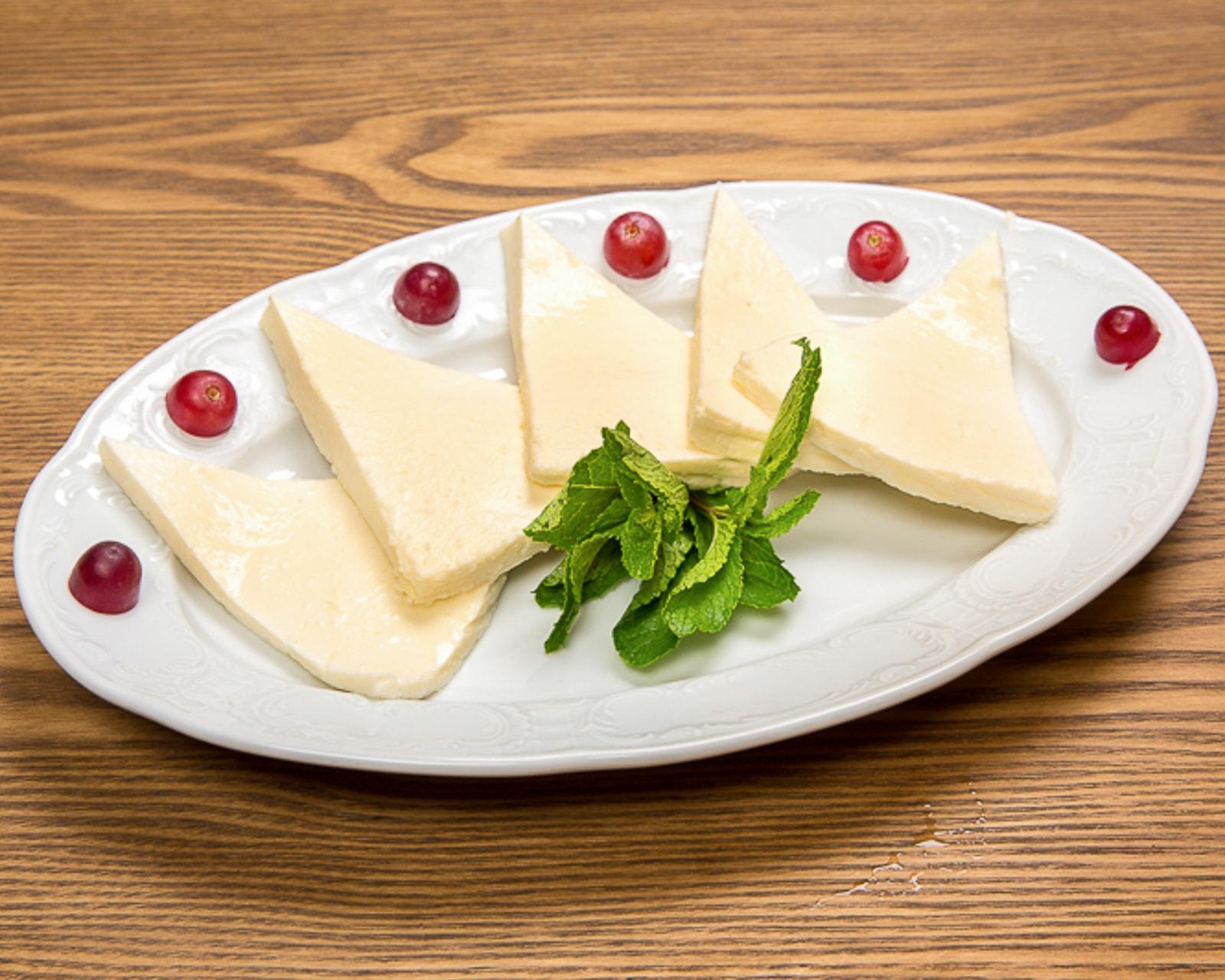 Cыр Имерули