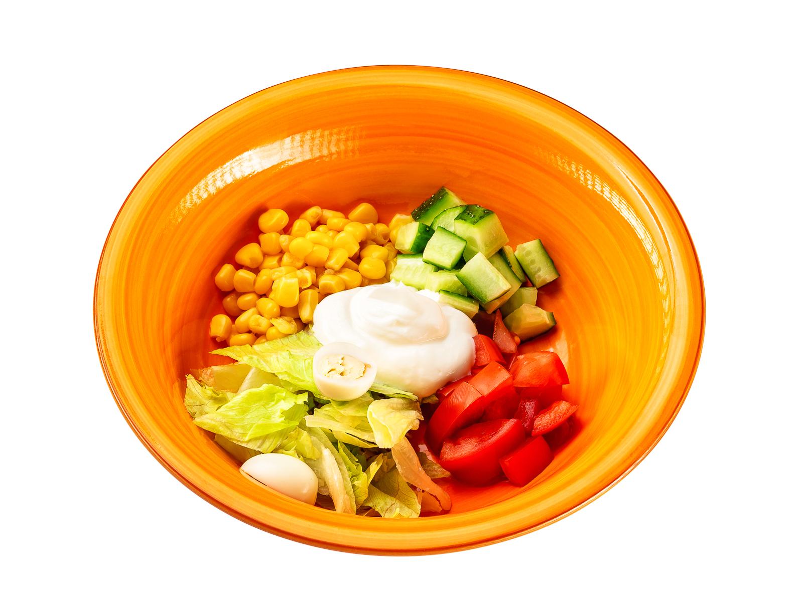 Салат Овощной с кукурузкой