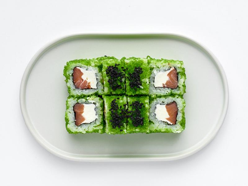 Ролл Самурай с копчёным лососем