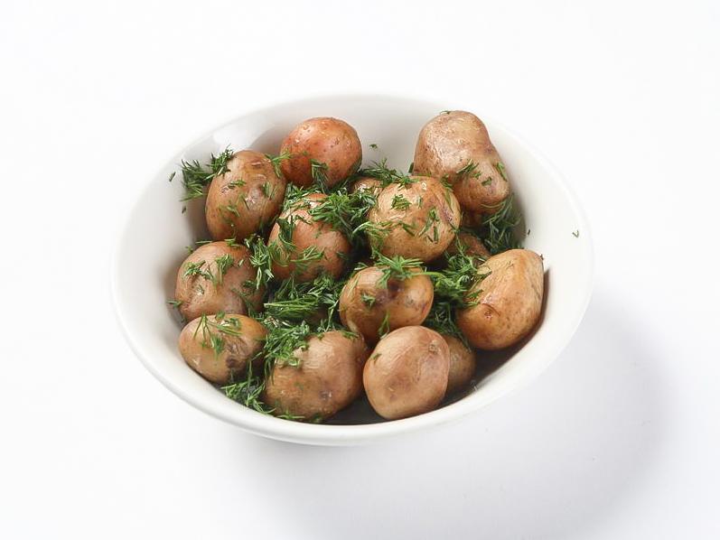 Подкопченный отварной картофель