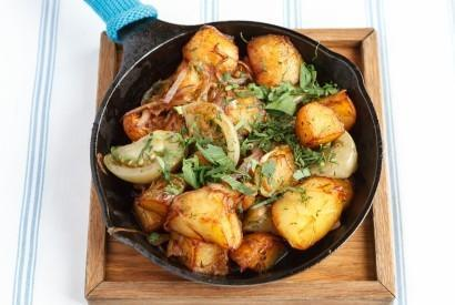 Жареная картошка с зелёными помидорами