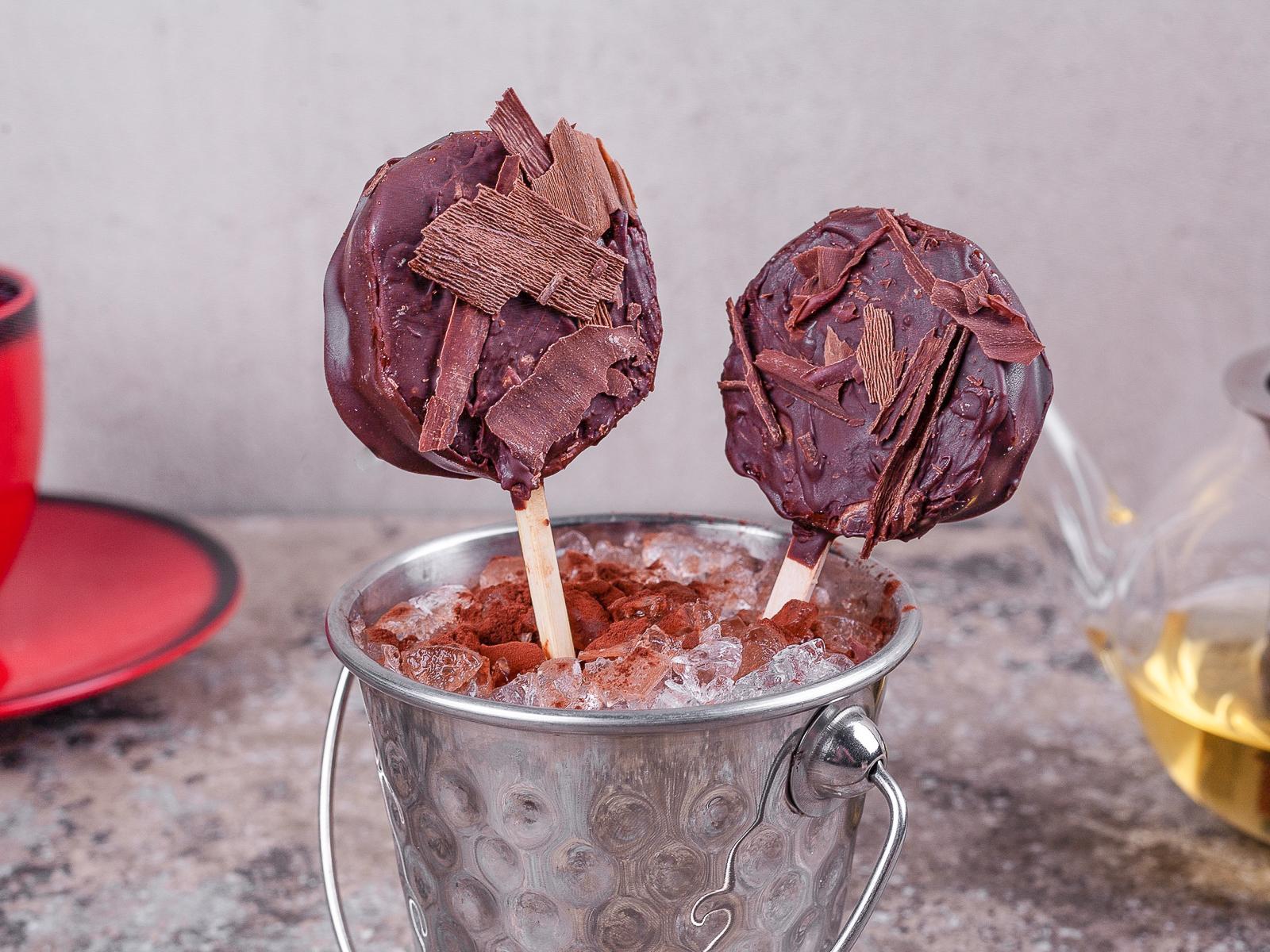 Киви в горьком шоколаде