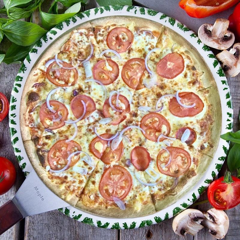 Пицца Помодоро с луком