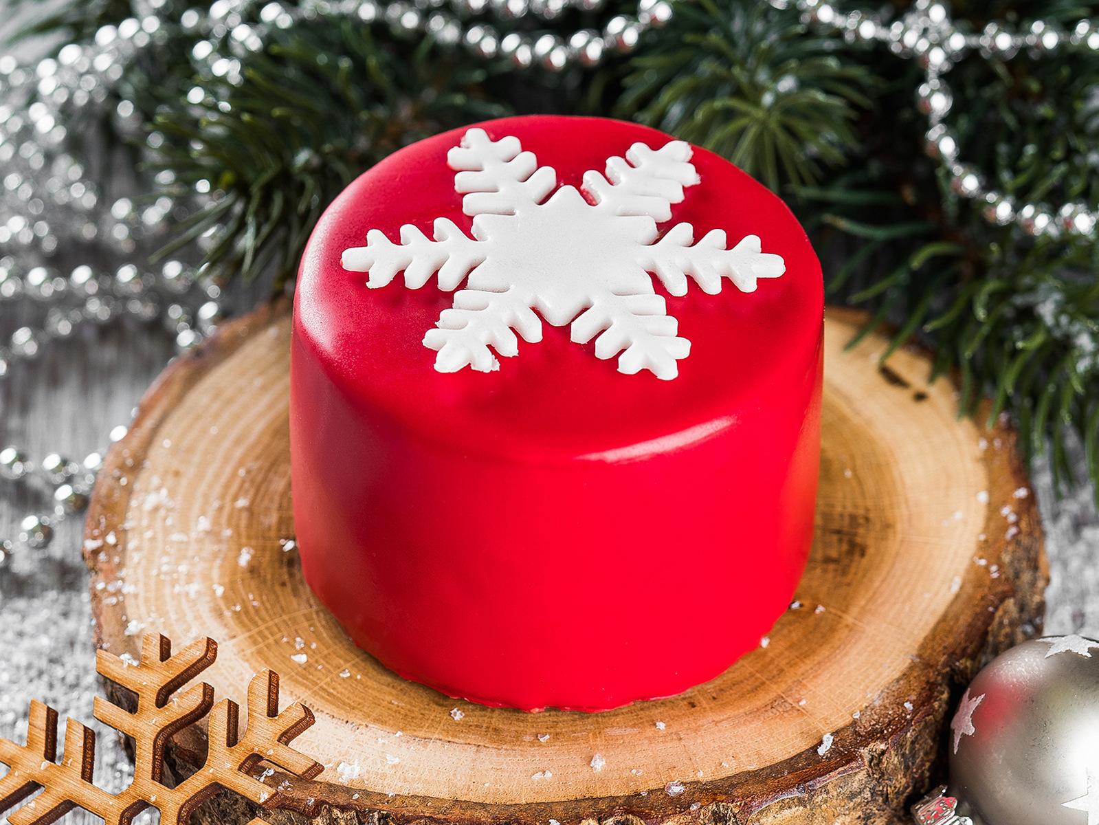 Пирожное Москва со снежинкой