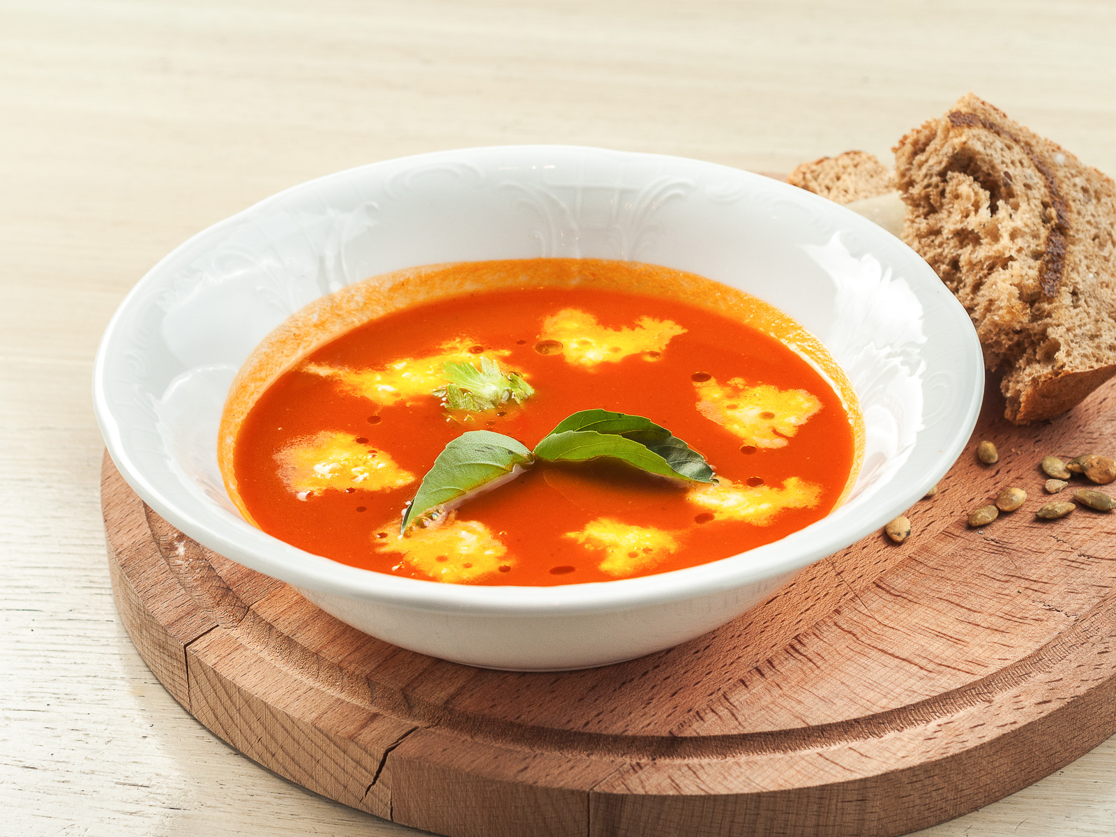 Крем-суп Томатный с моцареллой
