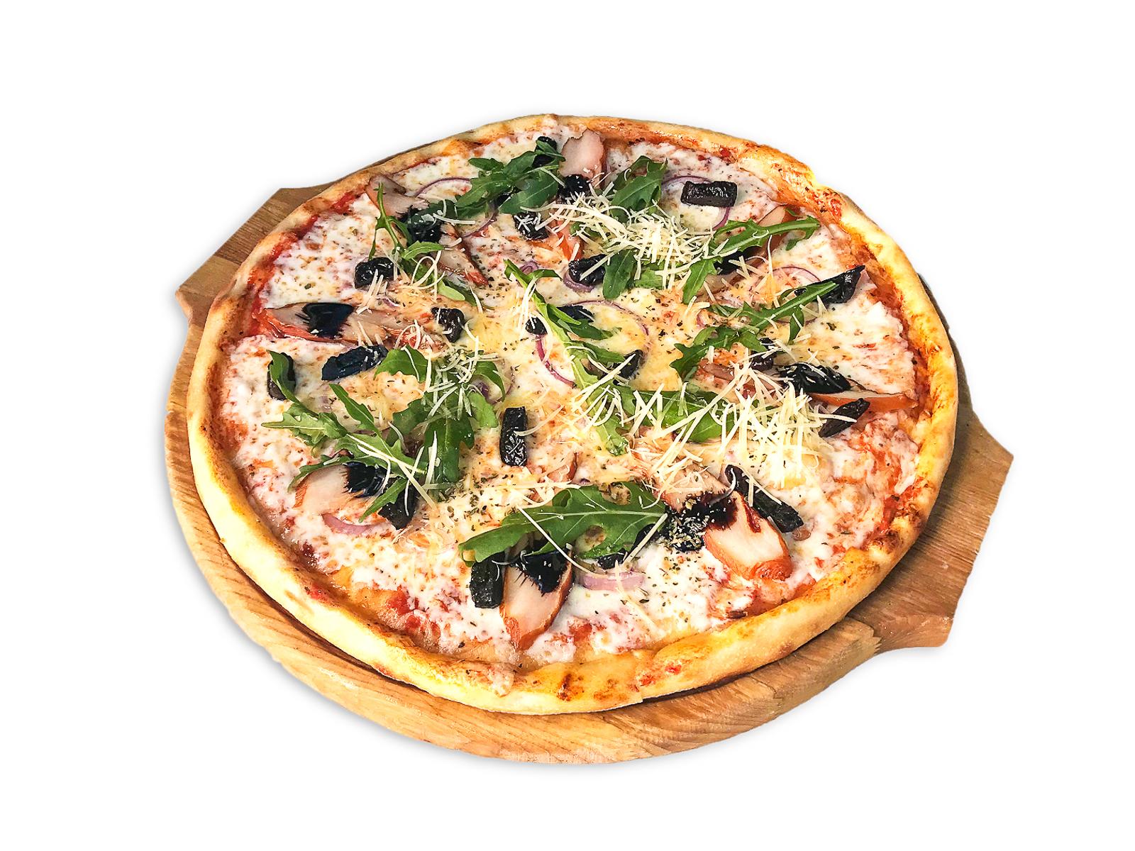 Пицца с копченой курицей и черносливом