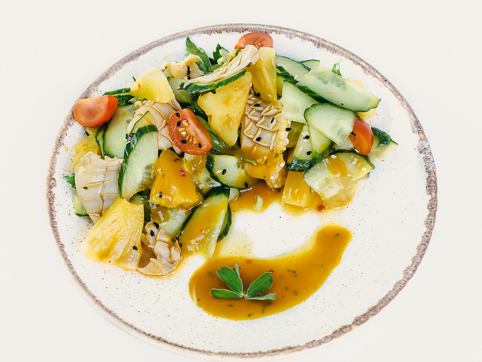 Тропический салат