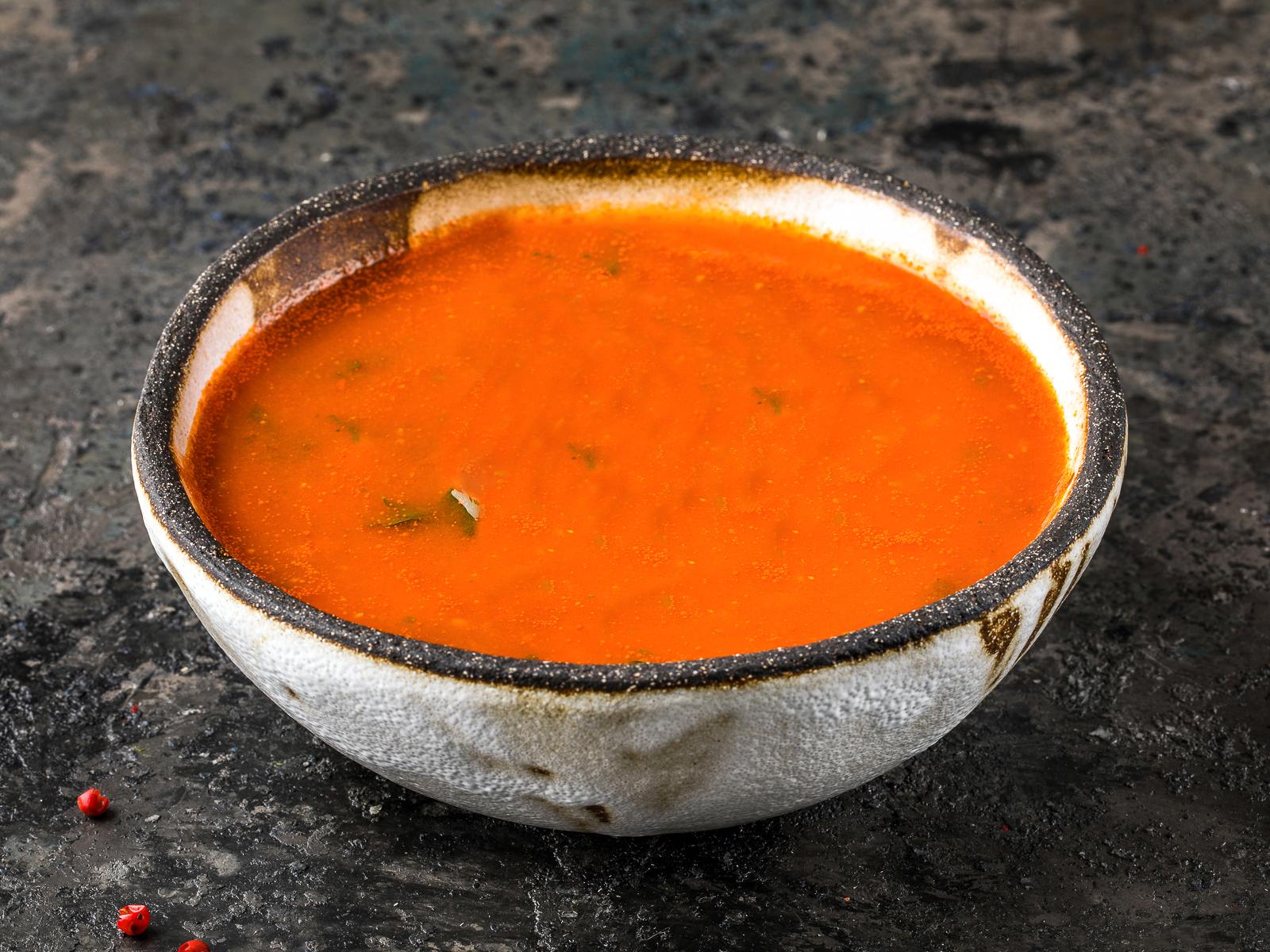 Острый томатный суп