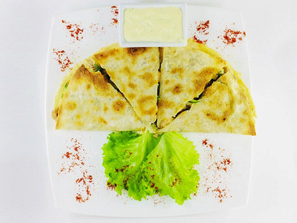 Кесадилия с морепродуктами