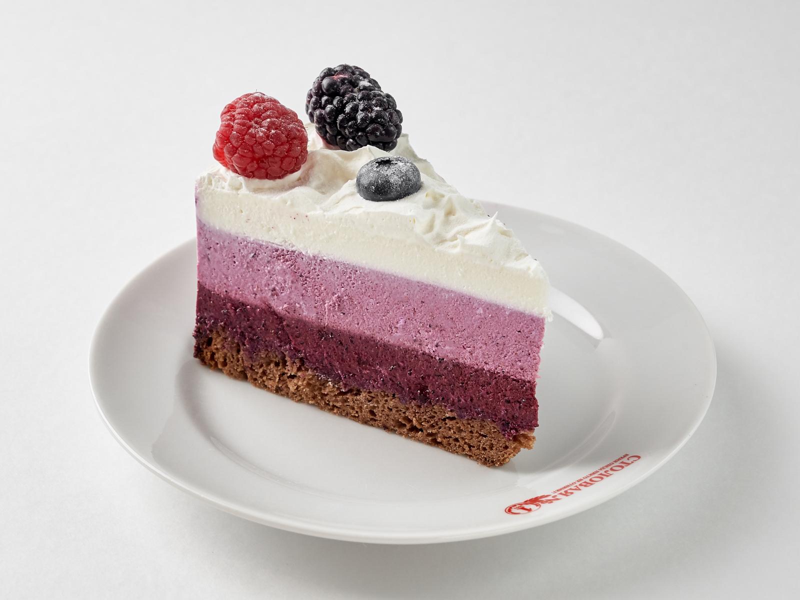 Торт Творожно-черничное суфле кусок