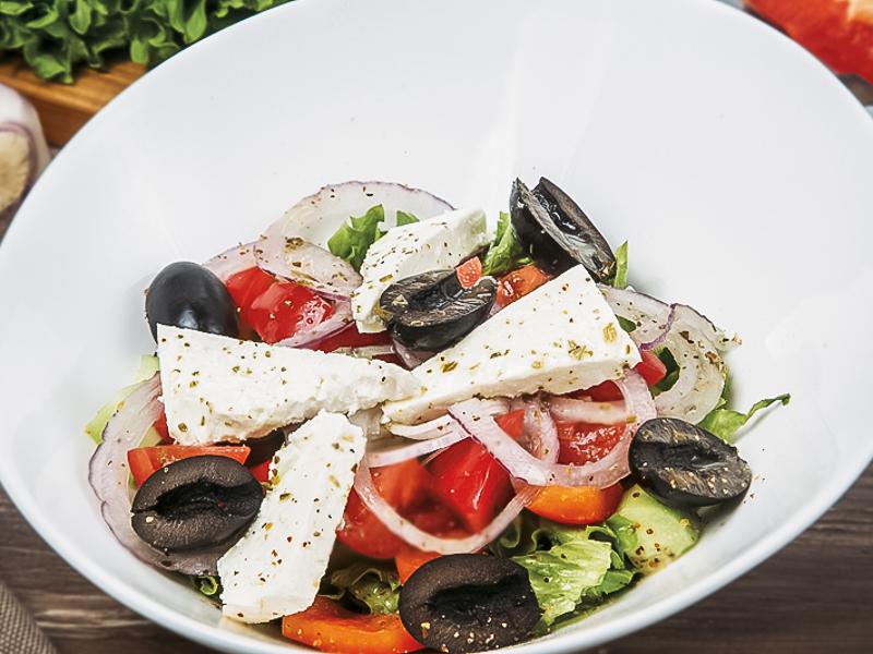 Салат Греческий с балканским сыром