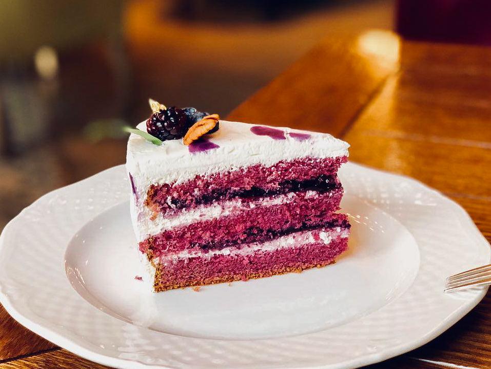 Черничный кейк с лавандовым кремом