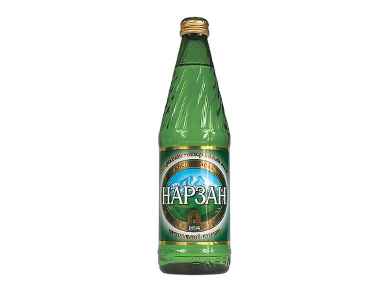 Минеральная газированная вода Нарзан