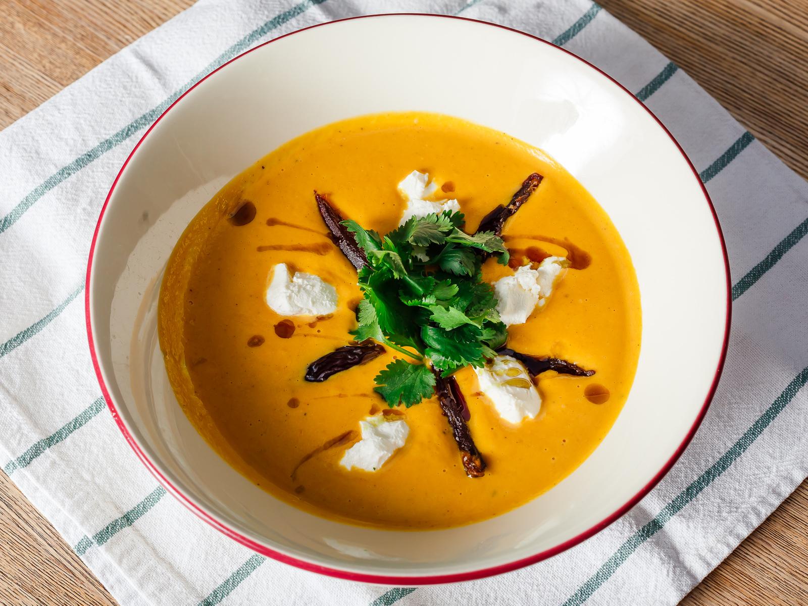 Тыквенный суп из Марокко с финиками