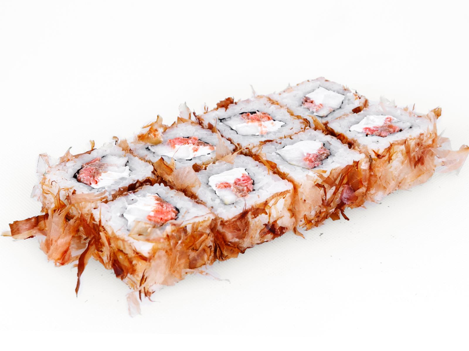 Ролл Бонито с жареным лососем