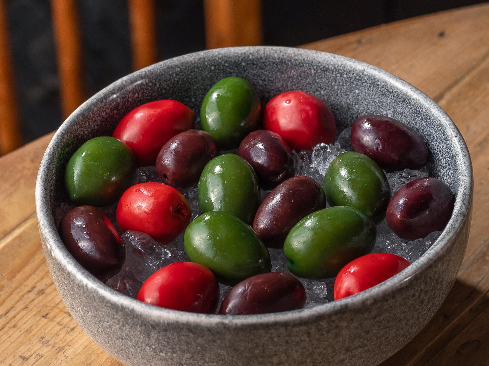 Греческие оливки