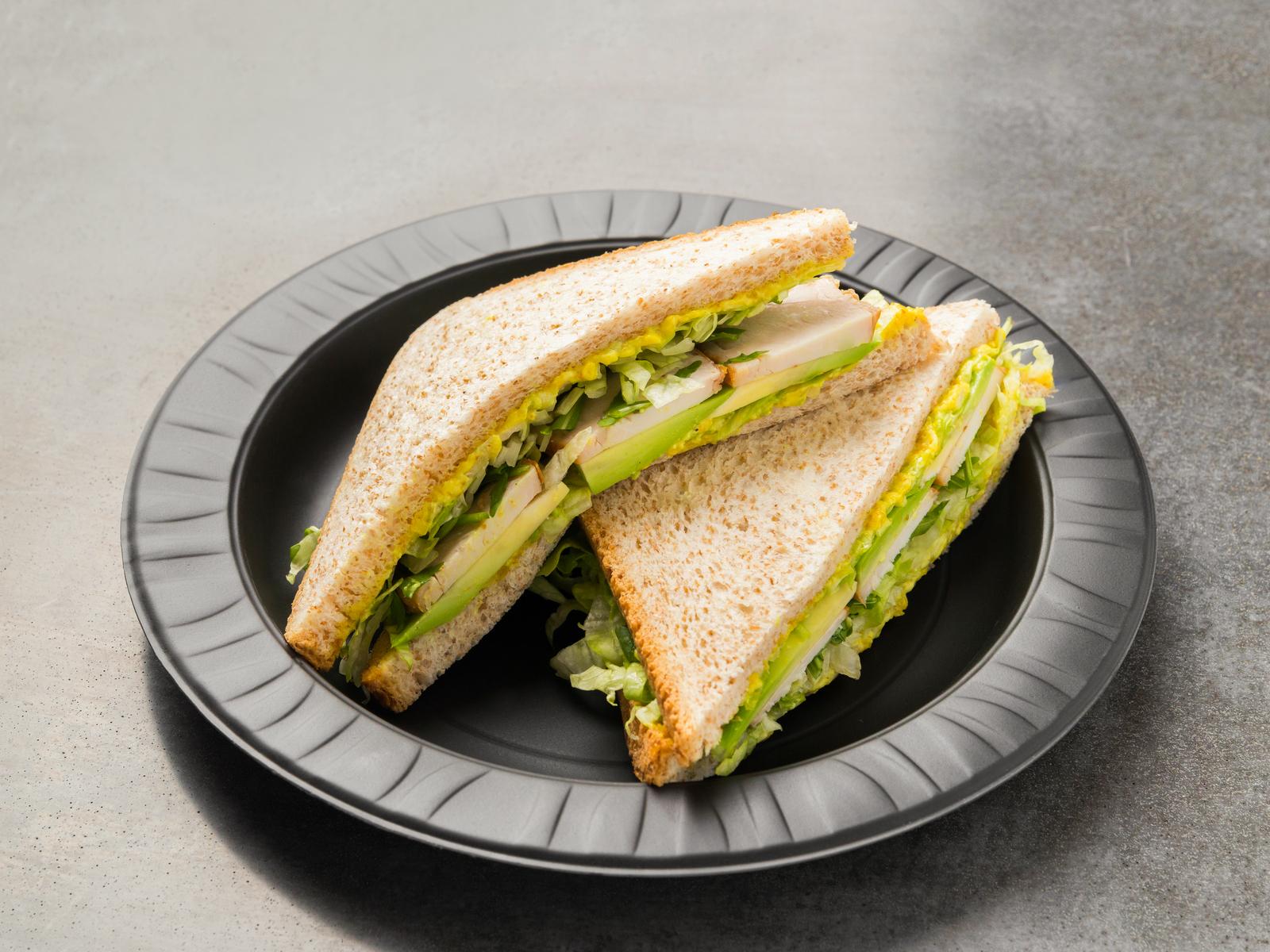 Сэндвич с курицей в соусе Карри