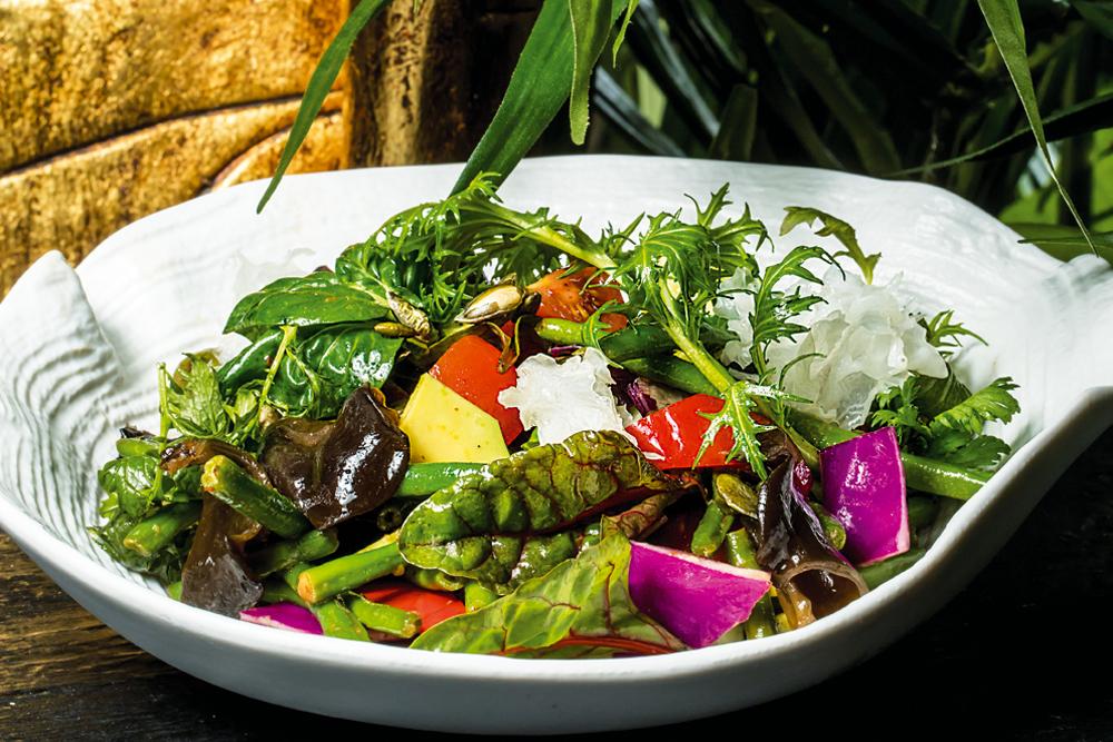 Салат из кенийской фасоли