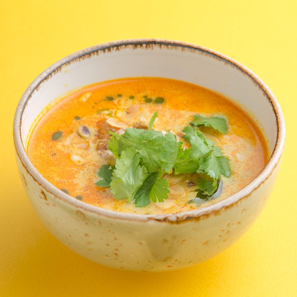 Индийский карри-суп с цыпленком