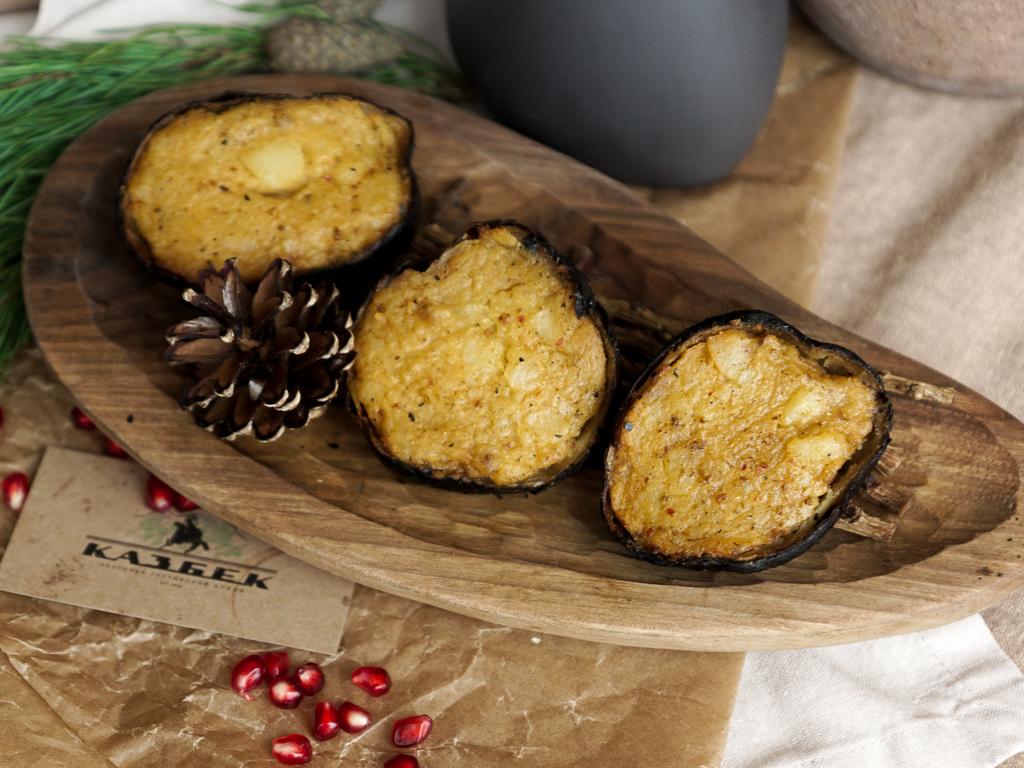 Картофель на мангале с аджикой